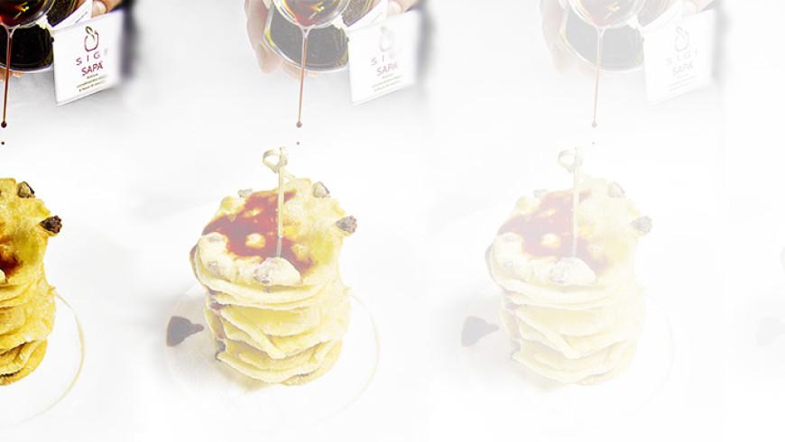 Frittelle di polenta e Sapa
